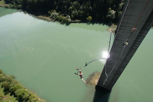 bungee jumping 1
